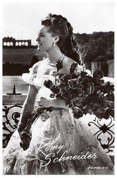 #Romy Schneider as Sissi (2)