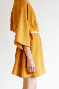 Loose fit and mustard color