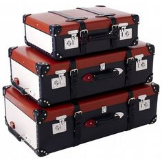 Old style travel! Luggage set by Brittish brand Globe-Trotter. This is a limited edition Diamond Jubilee collections.