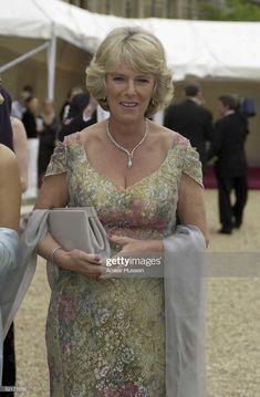 Camilla Parker-Bowles arrives at the 'Its Fashion' charity gala dinner at Waddesdon Manor on June 2001 in Buckinghamshire, England. Clarence House has confirmed today that Charles and partner. Get premium, high resolution news photos at Getty Images Stylish Outfits, Cool Outfits, Royal Films, Camilla Dress, Royal British Legion, Camilla Duchess Of Cornwall, Royal Uk, Casa Real, Camilla Parker Bowles