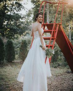 Derek Halkett Photography http://ift.tt/1NkxvT9 . #weddingphotographer #happy #beautiful #knoxville #knoxvillephotographer #knoxvilleweddingphotographer #derekhalkettphotography #love #instagood #me #tbt #follow #followme #photooftheday  #bostonwedding #colonelblackintoninn #massachusettsweddingphotographer
