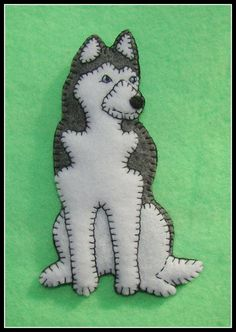 Siberian Husky Handmade Felt Christmas Ornament-slash-Refrigerator Magnet-Original design-Cute dog gift idea.