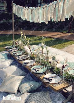 www kamalion mx Decoraci n Boho chic Picnic Teepee Baby Shower Table setting Menta y gris Mint and gray Cojines Bohemio chic www kamalion mx Decoraci n Boho chic Picnic Teepee Baby Shower Table setting Menta y gris nbsp hellip Shower decoracion aire libre Picnic Baby Showers, Party Deco, Picnic Decorations, Festa Party, Outdoor Parties, Boho Wedding, Bridal Shower, Table Settings, Boho Chic