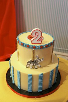 Archer's #carnival #birthday #cake featured on @Evite !