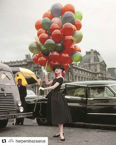 "13 Likes, 1 Comments - 🎈 Decoración con Globos🎈ARG (@misterglobo.com.ar) on Instagram: ""#audreyhepburn  #audrey #happy #happybirthday  #balloons #fashion  #fashionista #moda #photoofday"""