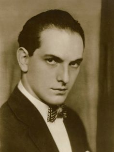 Joseph Schildkraut, 1896 - 1964. 67; stage, film actor. Autobiography My father and  I1959. Silent Screen Stars, Best Supporting Actor, Academy Awards, Actors & Actresses, Budapest, It Cast, Joseph, Stage, Oc
