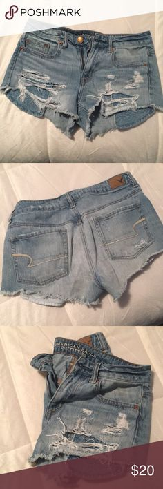 American Eagle ripped Jean shorts Super cute festival style shorts from AEO. Really cute pocket fabric (see last pic), can be worn high waisted or normal. Love these shorts! American Eagle Outfitters Shorts Jean Shorts