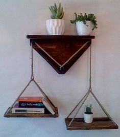 38 Perfect Diy Hanging Shelves Ideas To Maximize Storage In A Tiny Space Diy Hanging Shelves, Rope Shelves, Hanging Storage, Wooden Shelves, Homemade Shelves, Diy Regal, Pallet Furniture, Diy Woodworking, Decoration