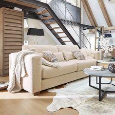 Bank Reana - Biedt XXL-ontspanningscomfort. Elegant, hoogwaardig gestoffeerd meubelstuk met behaaglijk zachte bouclébekleding. Voegt zich in elk interieur en kleurconcept in. #couch #sofa #interieurinspiratie #interiorinspiration #woonkamer #zithoek #woonstyling Sofa Couch, Outdoor Decor, Decor, Furniture, Interior Inspiration, Sofa, Home, Porch Swing, Home Decor