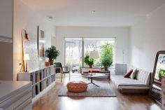 lange smalle woonkamer inrichten - Google zoeken