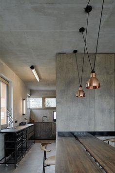 lamparas-cobre-techo-cocina-estilo-industrial-cemento-hormigon