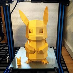 BigaChu is done. It came out very well if you ask me 😊the size is 360mm normal size to the left. Printed on the A31 from @3deksperten.dk in 3DE Premium Silky Gold 1.75mm PLA. The volcano is a perfect match for this size printer. Model by @flowalistik #3dprints #3dprint #ilove3dprinting #staal3d #a31 #cr10 #3dprint #3dprinter #3dprinted #lowpolypikachu #pikachu #awesome #3deksperten  #printbigorgohome