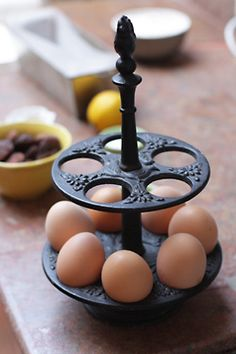 an egg stand!  gotta find me one of those~