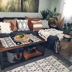 Shop VASAGLE industrial coffee table with storage for living room at affordable prices with great discounts from SONGMICS. Free shipping in the US. Click to order online.
