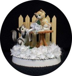 calico kittens wedding cake topper (cat top heart white)