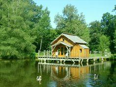 Location de Cabanes dans les Arbres en France pour un séjour dans une cabane perchée.