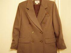 Classic Petite Women's 2-Piece Business Suit By Emily - Size 8 #Emilys #DressSuit