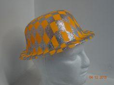 Sombrero Ref. Bombín escarchado colores neón.  FiestasTematicasPereira   PinateriasPereira Hora Loca 278731bc625