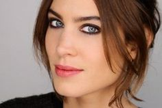 Video: A Classic Case Of Winter Face With Alexa Chung