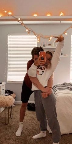 120 Cute And Goofy Relationship Goals For You And Your Soul Mate - Page 3 of 120 - Chic Hostess Cute Couples Photos, Cute Couple Pictures, Cute Couples Goals, Cute Boyfriend Pictures, Cute Teen Couples, Country Couple Pictures, Teenage Couples, Couple Photos, Image Couple