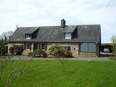 4 Bedroom House for sale For Sale in Calvados, FRANCE - Property Ref: 701325 - Image 1