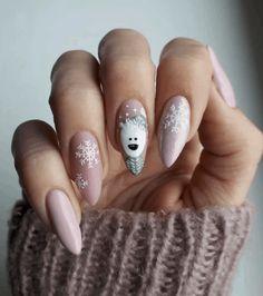 Stylish Gel Nail Art Designs That Are So Perfect for Summer 2019 - Xmas Nails - Chistmas Nails, Cute Christmas Nails, Xmas Nails, Christmas Nail Art Designs, Holiday Nails, Xmas Nail Art, Christmas Manicure, White Christmas, Gel Nail Art Designs