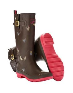 Joules Women's Printed Wellies, Dark Brown Chicken.                     From striking stripes and detailed florals to scenes that sing of our country heritage. No matter where you are from farmyards to festivals, our new printed wellies will make sure you stand out from the crowd.