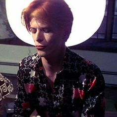 David bowie / the man who fell to earth ⚡