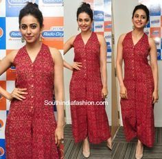 South India Fashion ~ Latest Blouse Designs 2020 - Page 2 Kalamkari Dresses, Ikkat Dresses, New Dress Pattern, Dress Patterns, Girls Fashion Clothes, Fashion Outfits, Clothes For Women, Indian Designer Outfits, Designer Dresses