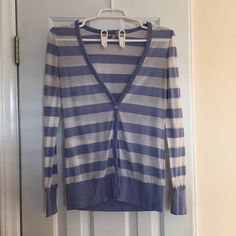 Selling this SALELightweight Striped Cardigan in my Poshmark closet! My username is: marinajolene. #shopmycloset #poshmark #fashion #shopping #style #forsale #Old Navy #Sweaters