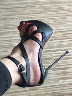High Heels Stilettos, Stiletto Heels, Designer Heels, A 17, Woman Fashion, Open Toe, Ankle Strap, Going Out, Wedges