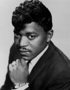 """In Memoriam: Famous People We Lost In 2015 Percy Sledge The soul singer, known for his hit single """"When a Man Loves a Woman,"""" died in April at the age of 74 Nate King Cole, Ben E King, Percy Sledge, Natalie Cole, Gladys Knight, Legendary Singers, Soul Singers, Soul Music, Motown"""