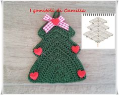 Alberello di Natale a uncinetto: tutorial Love Crochet, Knit Crochet, Crochet Hats, Crochet Christmas Ornaments, Christmas Decorations, Holiday Decor, Camilla, Christmas Gift Wrapping, Christmas In July