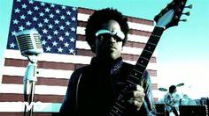 Lenny Kravitz - American Woman Ehhhhhhhhhhhh Lenny Kravitz.. Menos cara.. Menos..............