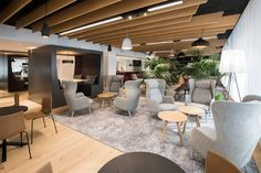 Nordic bank SEB got new premises in Helsinki. INTO the Nordic Silence furniture family was chosen to create functional office. Read our SEB reference! Office Interior Design, Office Interiors, Helsinki City Center, Breakout Area, Open Office, Office Workspace, Pent House, Hotel Spa, Patio