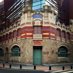 Mercado de Castaños. Antiguo lavadero | Bilbao ArchitectureEl edificio fue proyectado por el arquitecto Ricardo Bastida en 1905.
