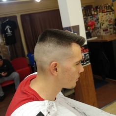 Flattop -- This haircut is on the level, man! Crew Cut Haircut, Flat Top Haircut, Beard Haircut, Short Haircuts, Haircuts For Men, Behive Hairstyles, Marshall Perrin, Bouffant Hair, Crew Cuts
