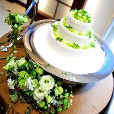 スウィートローゼスクラブ岡崎|結婚式場写真「【ナチュラルケーキ】 ウエディングケーキもおふたりのこだわりやテーマに合わせてパティシエが一からデザイン可能」 【みんなのウェディング】