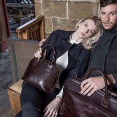 Machen Sie eine große Auswahl und kaufen Sie eine coole Laptop-Tasche von renommierten Marken wie Maxwell Scott Bags, DannyP, Samsonite, Pack Easy, DELL, DICOTA erhältlich bei Bag Selection Zürich. Vergessen Sie nicht, unser komplettes Sortiment an stylischen Laptoptaschen aus Leder anzuschauen, um Ihre bevorzugte Farbe zu finden. Lady Dior, The Selection, Fashion, Bags, Tablet Cases, Left Out, Branding, Leather, Moda