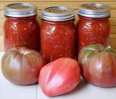 How to can thick-crushed tomatoes