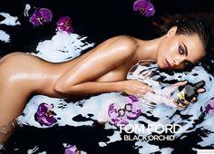 Hilary Blonde: Cara Delevingne se baña desnuda en la promoción de...