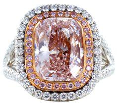 Lovely pink diamond ring #Pink #diamond #engagement #ring