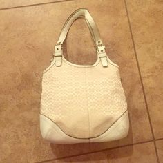 White/Cream Coach purse Like new leather trimmed Coach print Coach purse.  Coach Bags Shoulder Bags