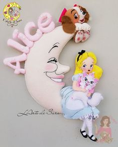 Как Вам такое исполнение? #идея@planetafetra Felt Crafts, Diy And Crafts, Paper Crafts, Doll Face Paint, Kids Clay, Homemade Dolls, Baby Mobile, Felt Decorations, Disney Crafts