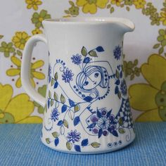 "Vintage Figgjo Flint Turi ""Lotte"" Jug by Little Toucan Vintage Kitchenware, Vintage Dishes, Vintage Ceramic, Wine Painting, Vintage Coffee, Porcelain Ceramics, Scandinavian Design, Tea Cup Set, Retro"