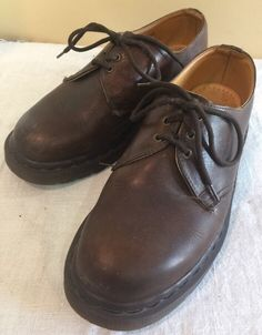 7202224c7230 Dr. Doc Martens Leather Oxford Air Cushion Womens US Size 5 Made in England