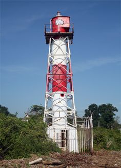 : Conover Beacon, when aligned with Chapel Hill Rear Range Lighthouse that stands on a hill one-and-a-half mile to the south, served to guide vessels along Chapel Hill Channel, which runs from just off the tip of Sandy Hook south into Sandy Hook Bay towards the town of Leonardo.
