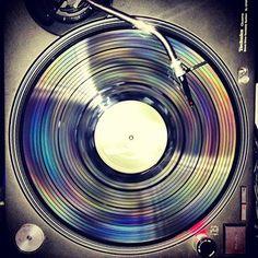 #technics #1210 #turntable Check out www.djlooneytunes.de www.facebook.com/... #djlooneytunes #hamburg #hiphop #partyclassics #dj #party #djlooneytunesde #mashups #backinthedays #oldschool #djing #rap #events #turntables #sticker #vinyl #serato #facebook