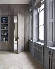 A major renovation was needed to bring this London, Hyde Park apartment up to date. The interior was stripped back to the timber stud walls with brick infill, ceilings were lifted back to original hei Gray Interior, Interior Door, Best Interior, Interior Design, Design Interiors, Inspiration Design, Interior Inspiration, Hyde Park, Hale House