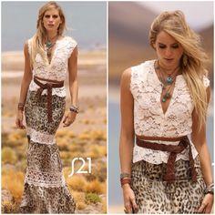 ❥ Perfect Style ❥ saia animal print e blusa de renda guipir! Quem também está…
